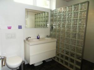 Eindsituatie: moderne badkamer